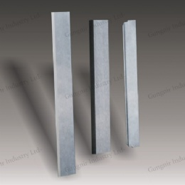 Carbide plate knife for chemical fiber cutting